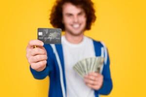 オンカジやるならクレジットカードを持つべき!その理由とお得なポイントを紹介!